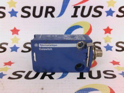 TELEMECANIQUE Ososwitch ZCMD21 Limit Switch 400V 4kV AC15 240V 1